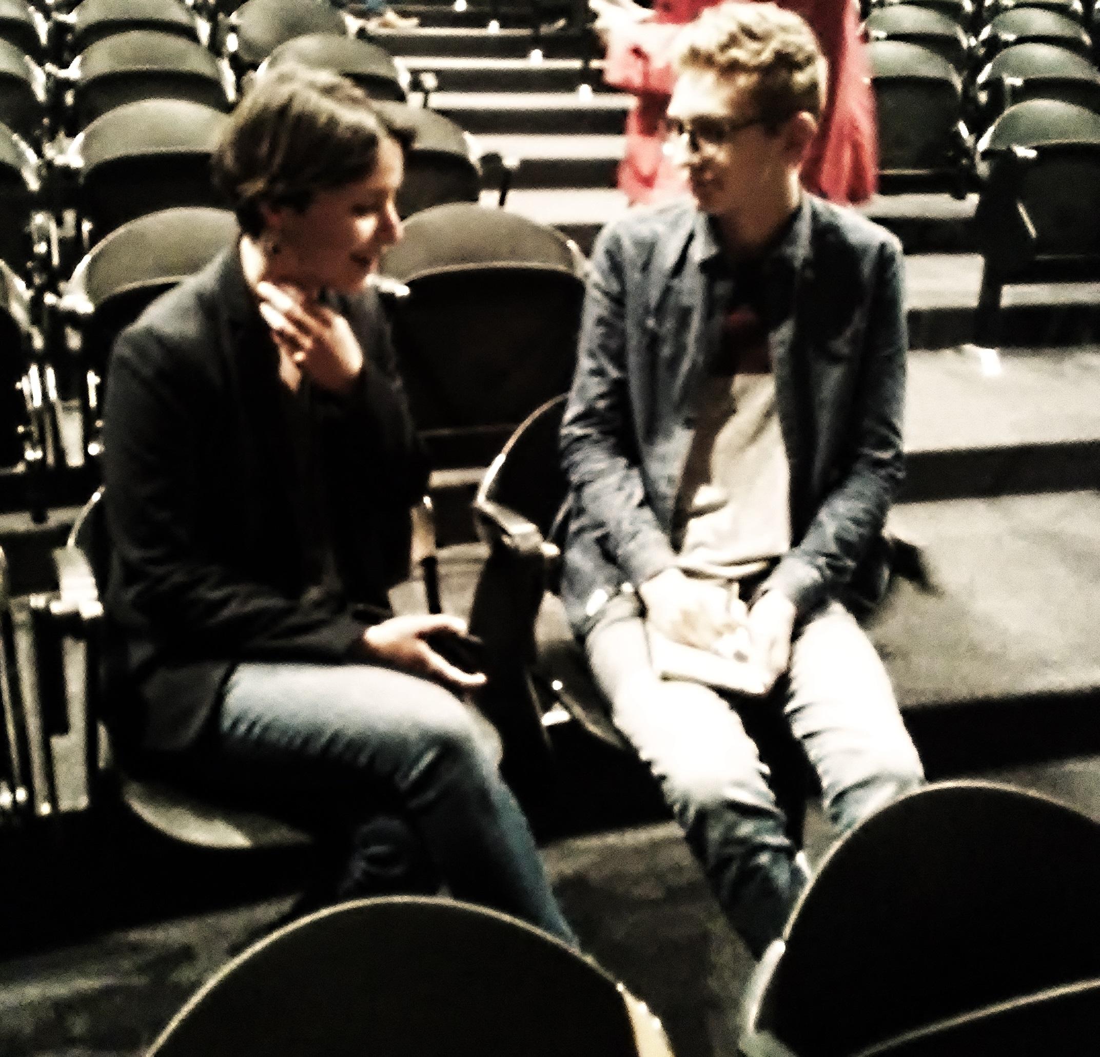 Louis en pleine interview de Gwendoline Debono Crédits photographiques: Deborah Dubost-Sakhi